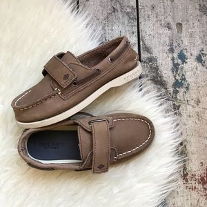 SPERRY LEATHER boat shoes sz 12 boys